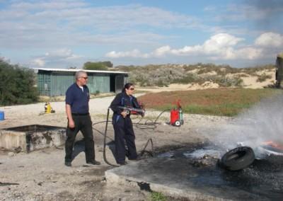 קורס כיבוי שריפות-כיבוי שריפה עם תותח קצף